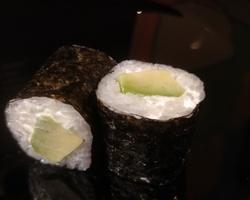 Sushi Ruko - maki cheese avocat 4 euro