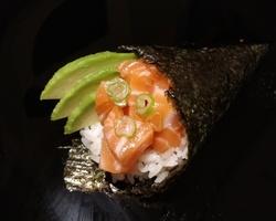 Sushi Ruko - temaki saumon 4.5 euro